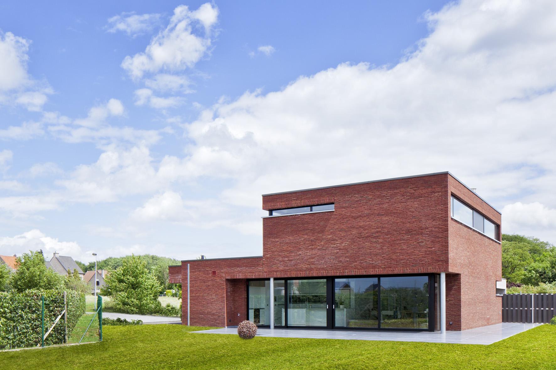 Realisaties architect luxe woningen architectenbureau gruwez oudenaarde gent for Modern huis binnenhuisarchitectuur villas