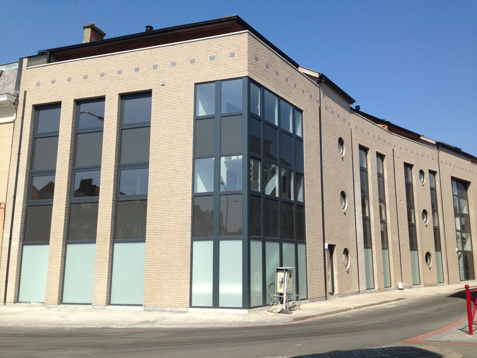 Appartement bouwen voorbeeld nieuwbouw met garages with for Bouwen kostprijs