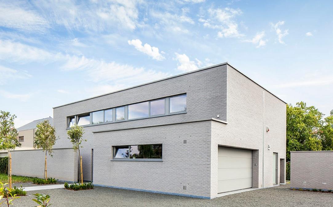 Modern huis bouwen architect luxe woningen architectenbureau gruwez oudenaarde gent - De gevels van de huizen ...
